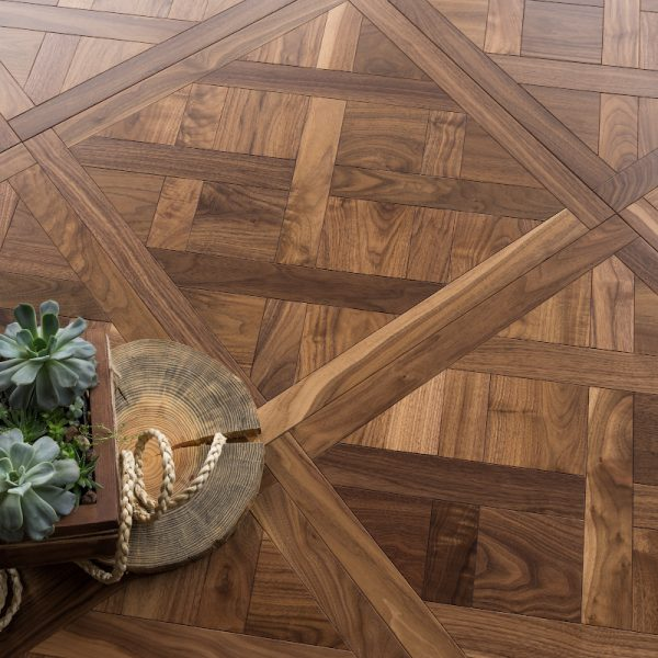 Versailles_American-Walnut_Traditional_h